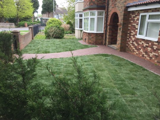 Resin-and-turf-install-werrington